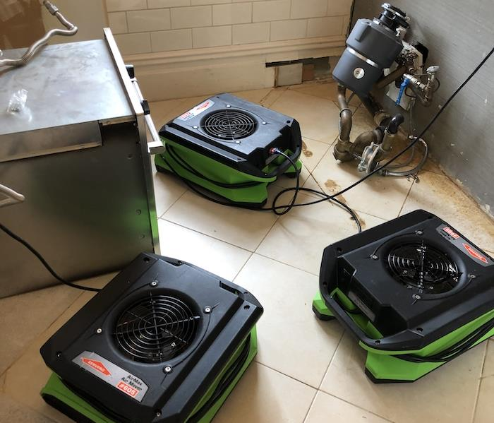 Tile floor and walls with air movers set-up
